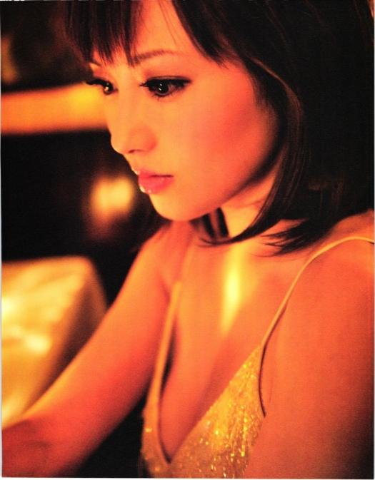 natsumi-abe-hot dress