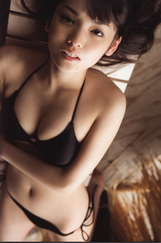 sayumi-michishige-hot body