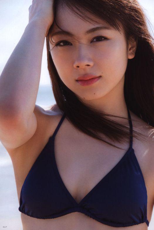 ayumi ishida morning musume 18 20th canvas bikini